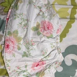 Baby gap pocketed floral skirt with bloomers